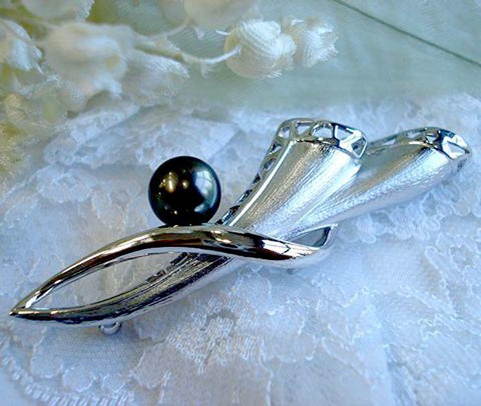 黒蝶真珠 シルバー製ブローチ