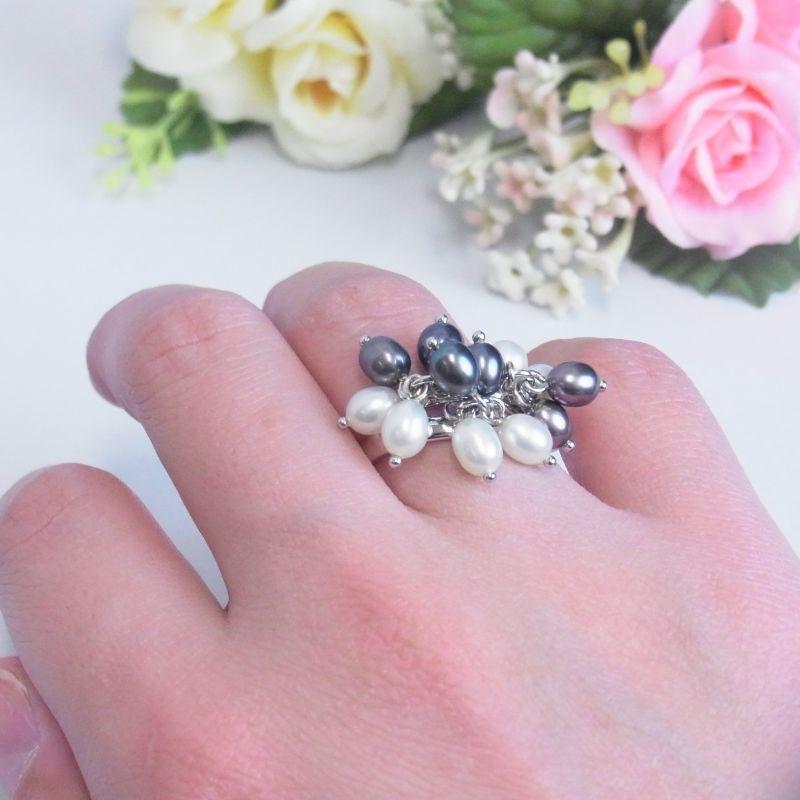 淡水真珠 パールリング グレーxホワイト フリーサイズ