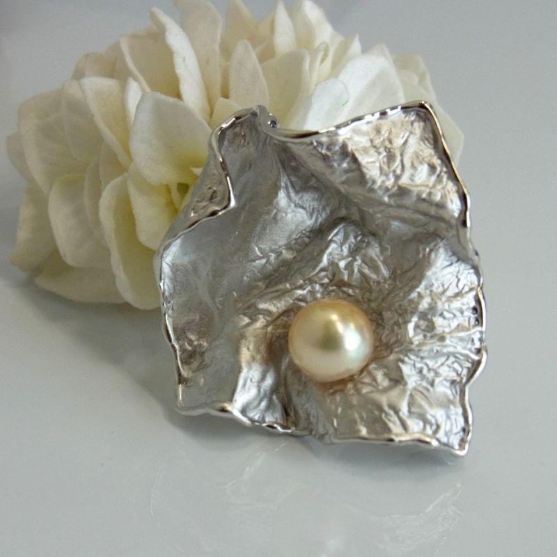 あこや真珠 クリームカラー 9-9.5mm シルバーブローチ