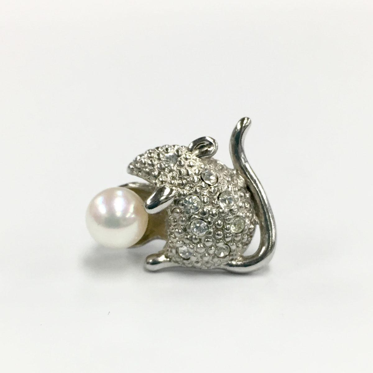ねずみ タックブローチ 本真珠