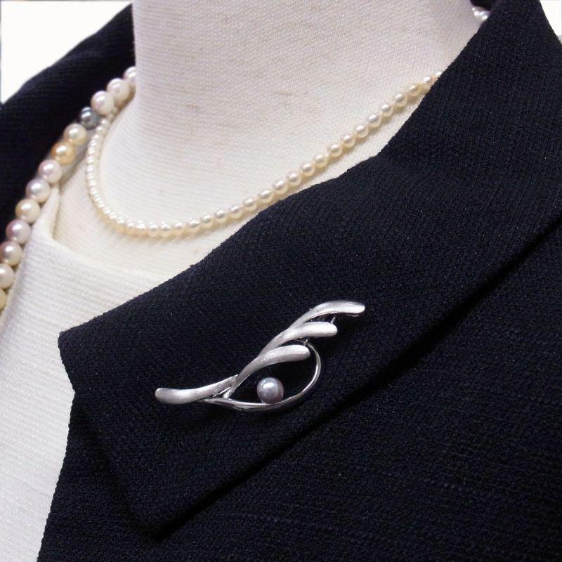 シルバー製ブローチ あこや真珠 ナチュラルカラー グレー 6-6.5mm マルチカラーロングネックレス